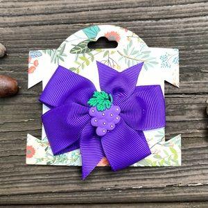 "Purple With Grapes 3"" Grosgrain Alligator clip"